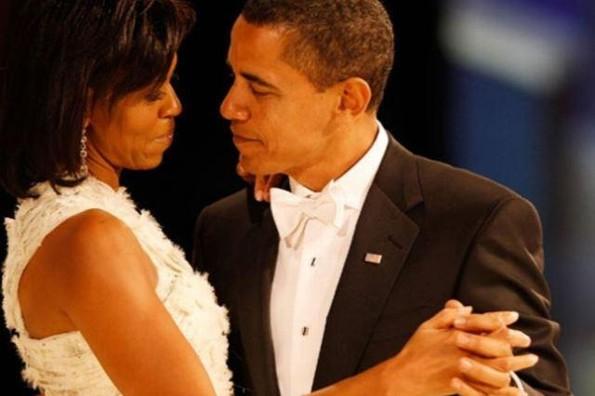 Barack Obama dedica emotivas palabras a su esposa Michelle ¡y rompe en llanto! (VIDEO)