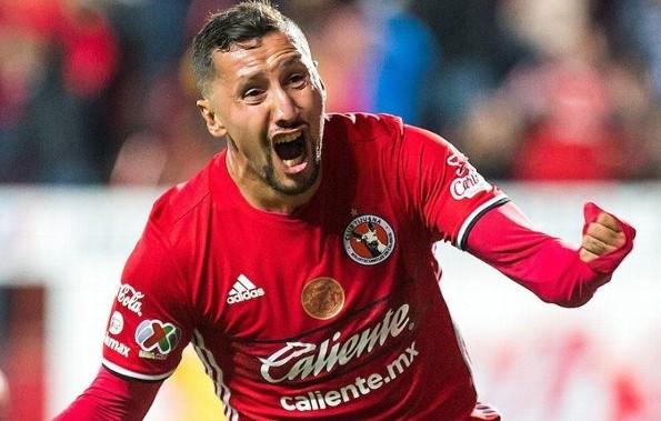 Tras terrible lesión, Yasser Corona ¡no volverá a jugar futbol jamás! (VIDEO)
