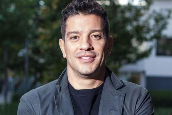 Yahir llega a Televisa ¡para protagonizar telenovela de Juan Osorio! (+FOTOS)