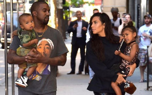 Kim Kardashian y Kanye West revelan el nombre de su nueva hija (+FOTOS)