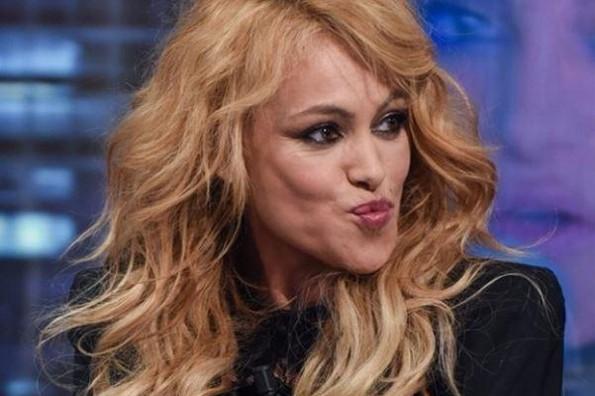 Tachan de usurpadora a Paulina Rubio por robar fotografías y publicarlas como suyas