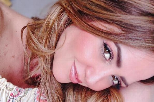Andrea Legarreta comparte sexy foto ¡sin gota de maquillaje! (+FOTO)