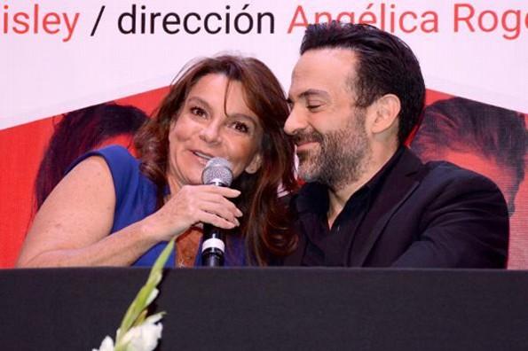 Mariana Garza aún apoya en su carrera a Pablo Perroni