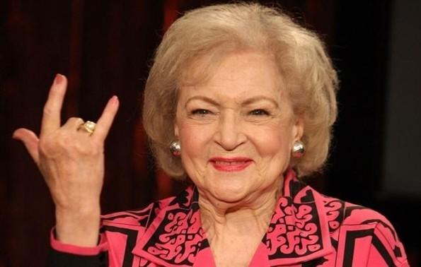 Betty White cumple 97 años #FOTO