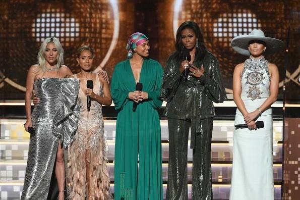 Ve el poderoso mensaje de Michelle Obama en los Grammy #VIDEO