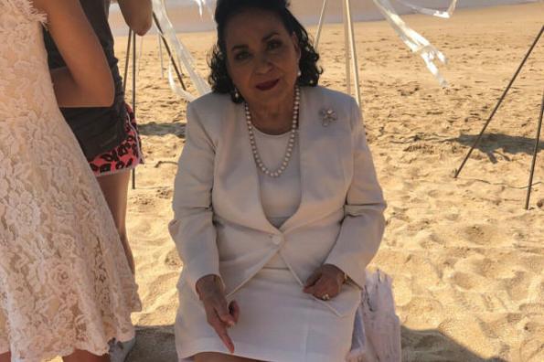 Carmen Salinas hace llamado para encontrar su zapato perdido #FOTO