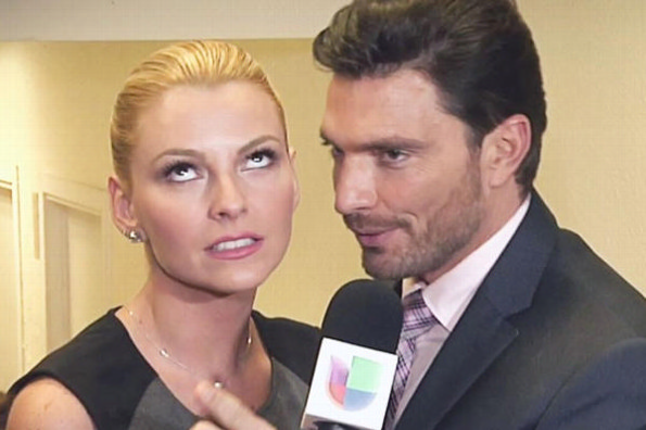 Marjorie de Sousa y Julián Gil se encuentran en una incómoda situación