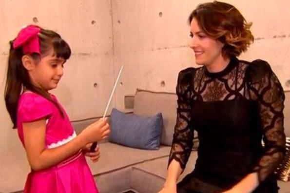 Niña directora de orquesta conoce a Alondra de la Parra #VIDEO