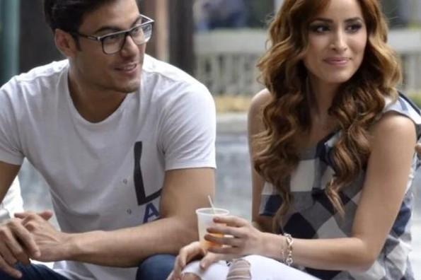 ¿Carlos Rivera se casó con Cynthia Rodríguez en secreto? #VIDEO