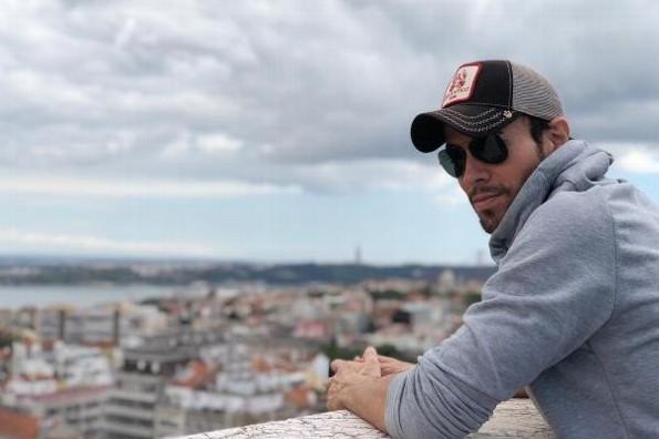 Enrique Iglesias estaría esperando a su tercer hijo