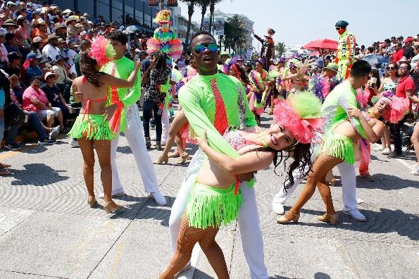 No habrá clases lunes y martes de Carnaval en Veracruz