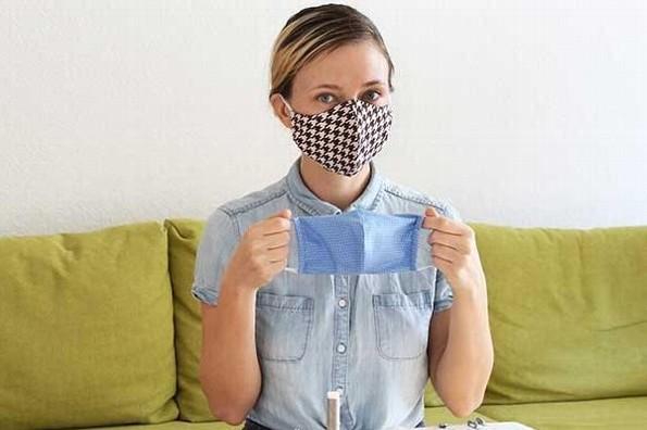 Científicos comprueban la eficacia de los cubrebocas de tela