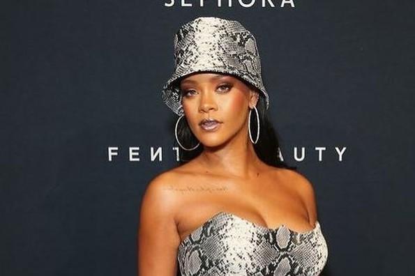 Rihanna lanza colección de ropa interior para hombres (+fotos)