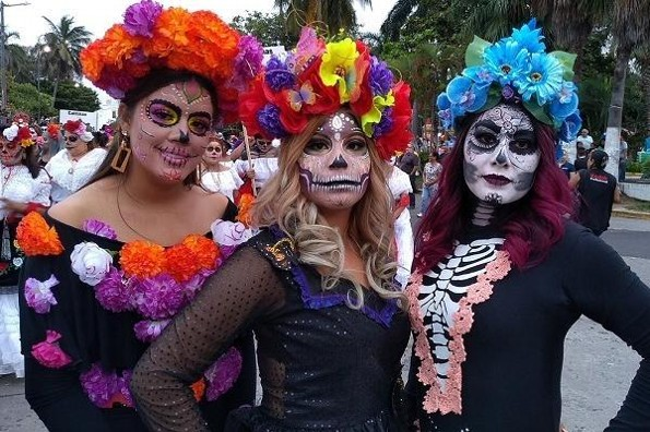 Convocan a participar en el Carnaval de Catrinas en Veracruz