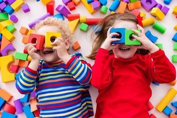 Diez frases para felicitar a los niños hoy en su día