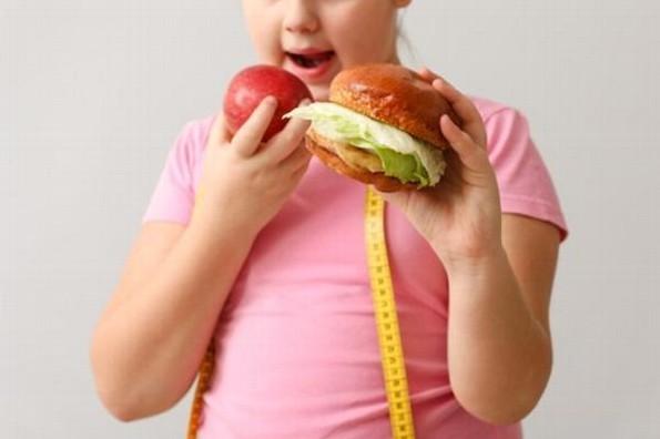 Exhortan a evitar sobrepeso y obesidad en niños