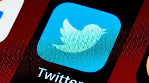Twitter ahora ¡Quiere cobrar mensualmente!