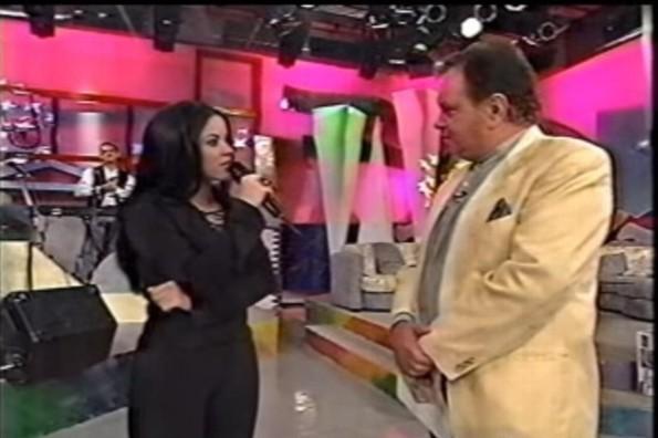 Paco Stanley entrevistando a Skakira en 1996