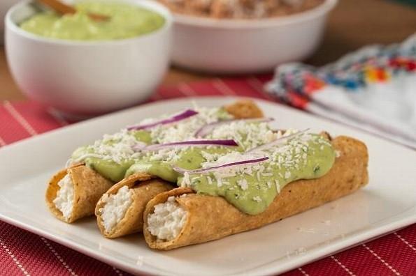 Receta de hoy: Tacos dorados de requesón