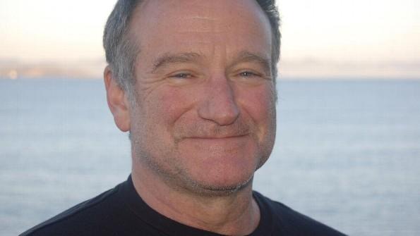 Robin Williams hablando en una entrega de premios.